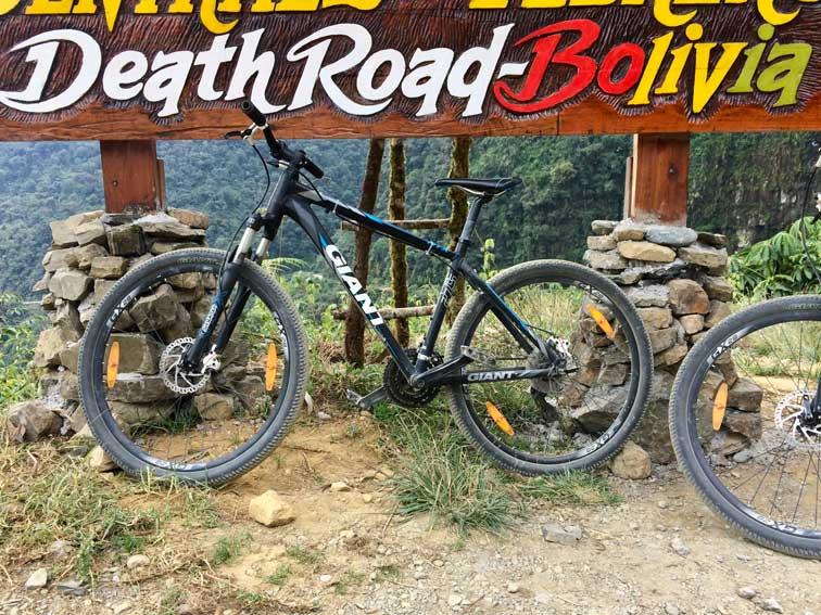 death road la paz bolivie