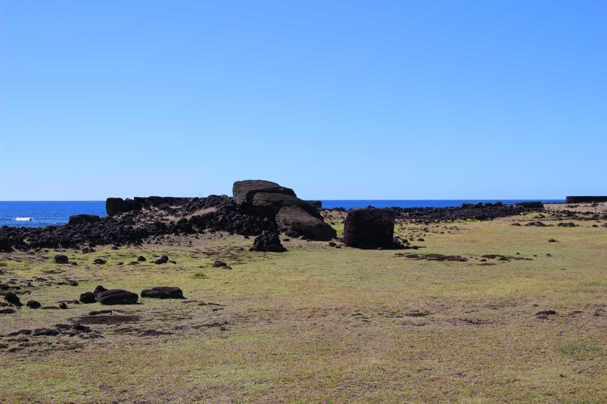 moai tombé île de pâques