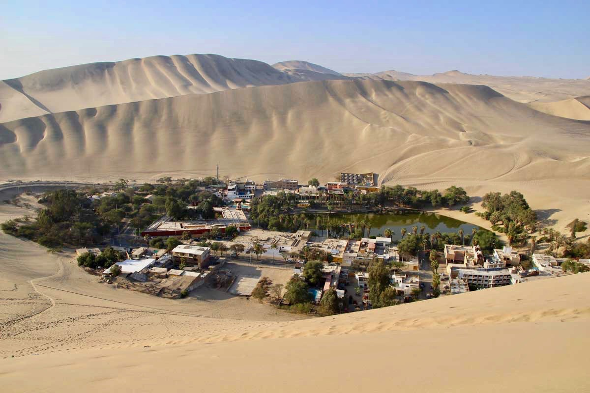 Oasis Huacachina Perou dunes