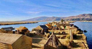 Uros Lac Titicaca Perou