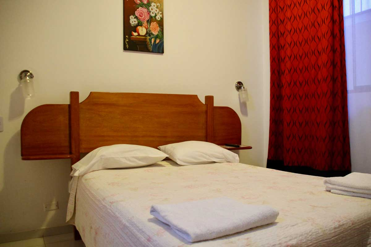 hostal Camilux nazca