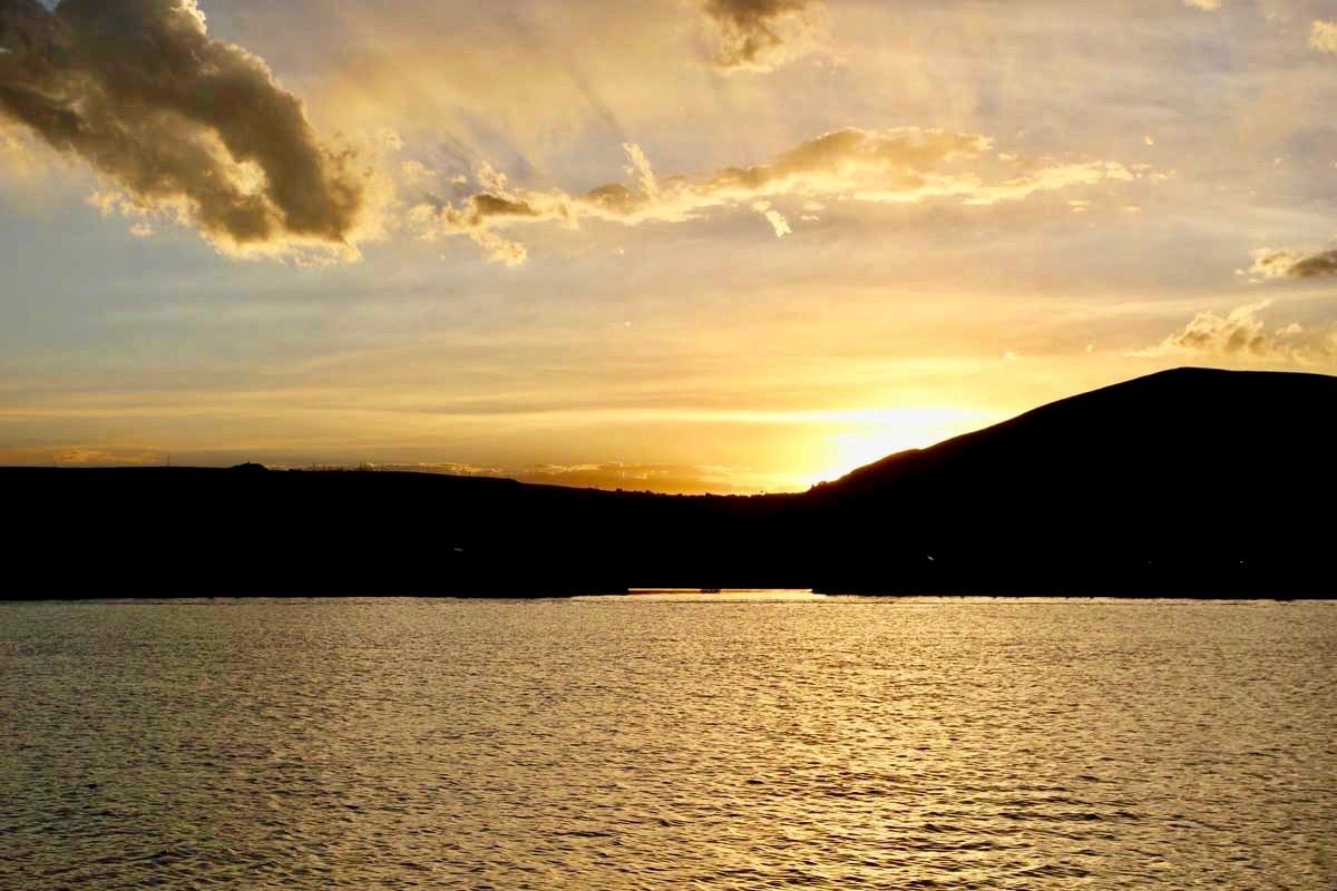 puno et les  u00eeles flottantes d u0026 39 uros sur le lac titicaca au