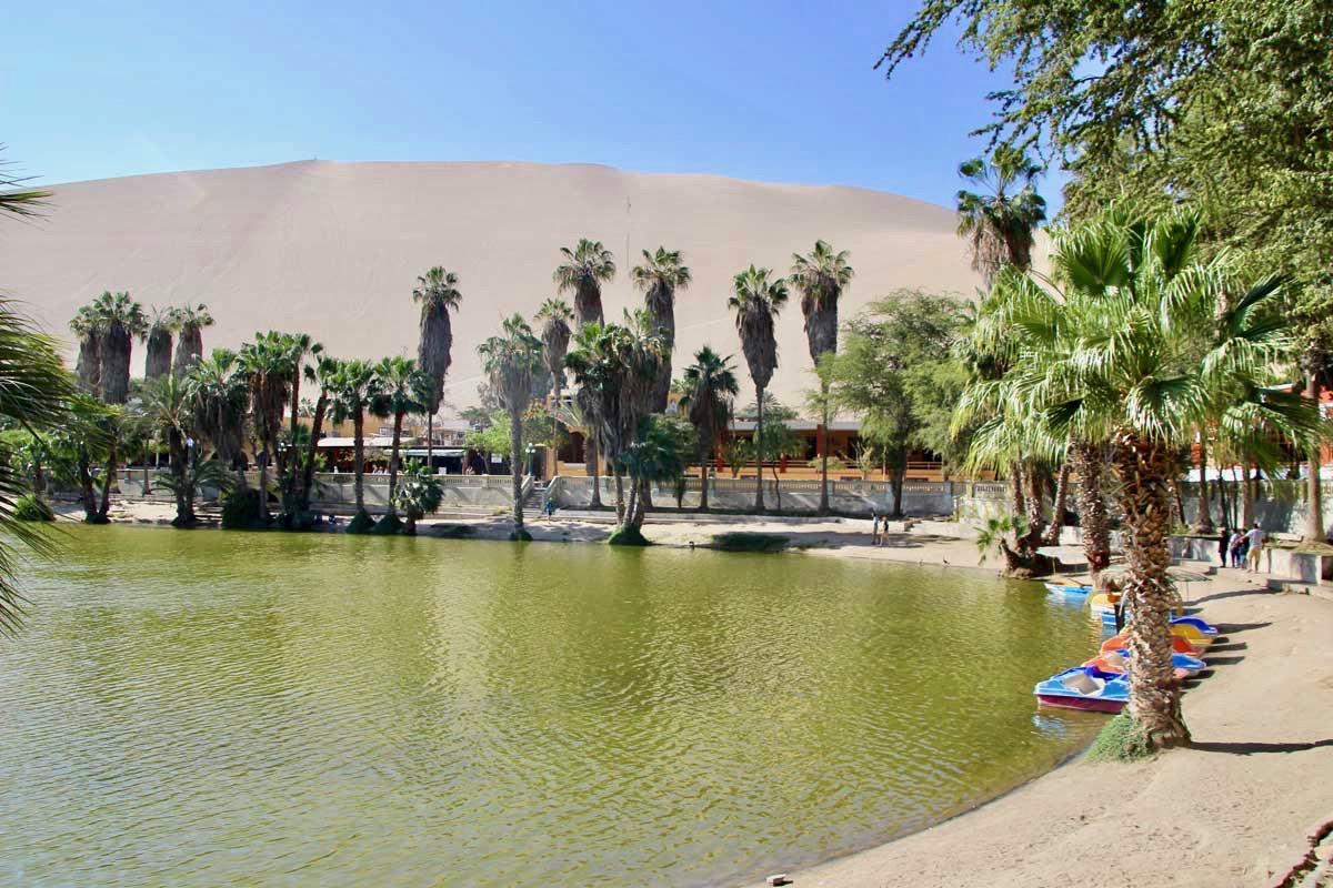 eau Oasis Huacachina Perou