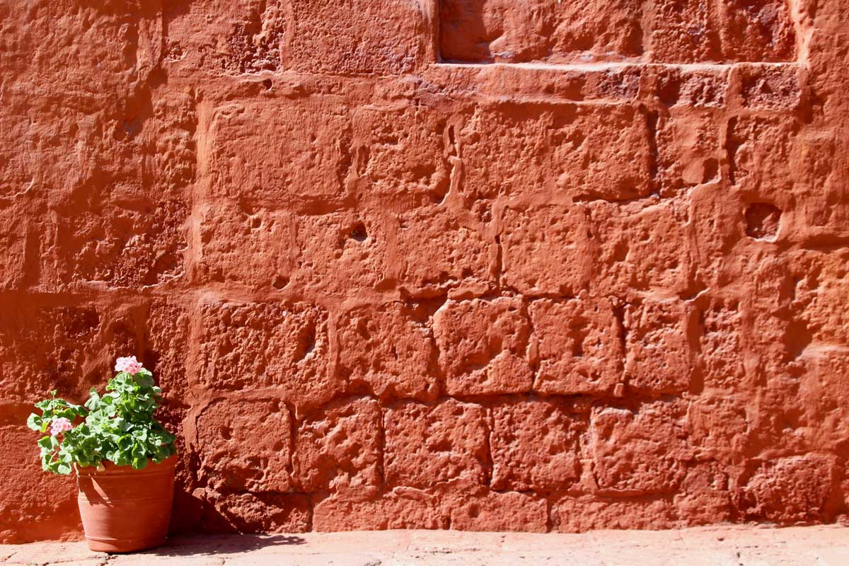 mur rouge Couvent Santa Catalina Arequipa