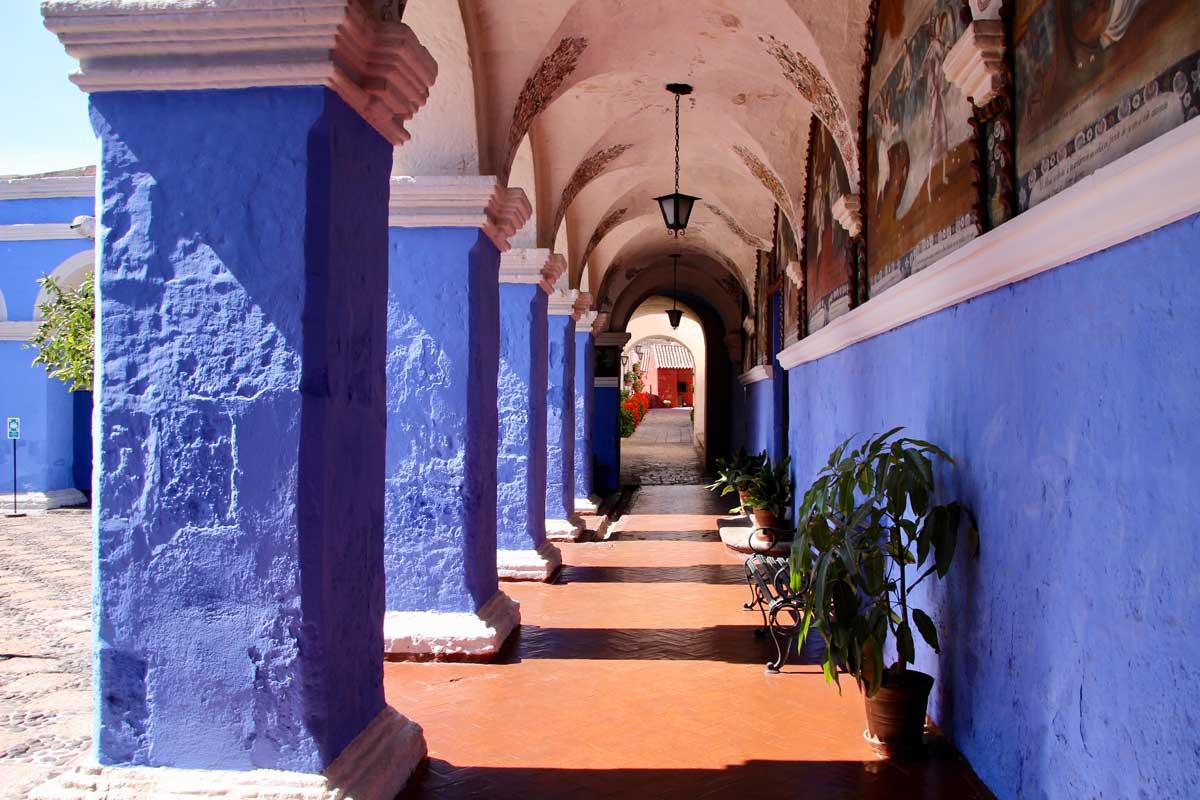 patio bleu Couvent Santa Catalina Arequipa