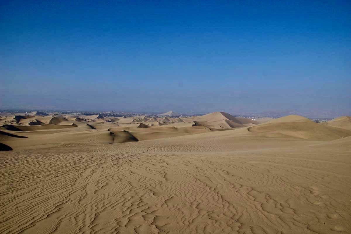 paysages dunes Oasis Huacachina Perou