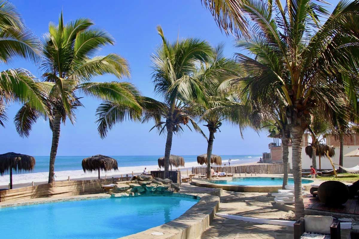 double piscine Casa Mediterranea Mancora