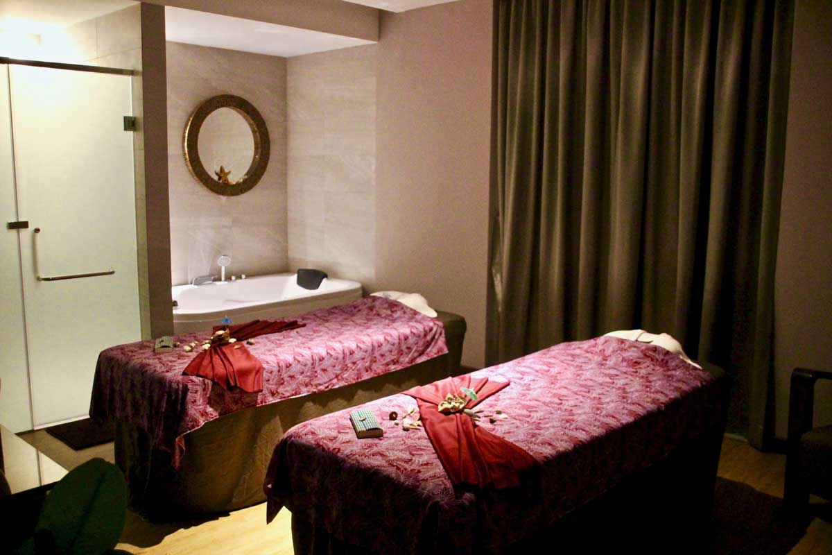 notre exp rience au dana spa de kuala lumpur planete3w. Black Bedroom Furniture Sets. Home Design Ideas