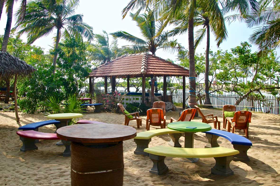 espace lounge kite Surfing Lanka Kalpitiya