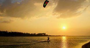 kite surf coucher de soleil kite Surfing Lanka Kalpitiya
