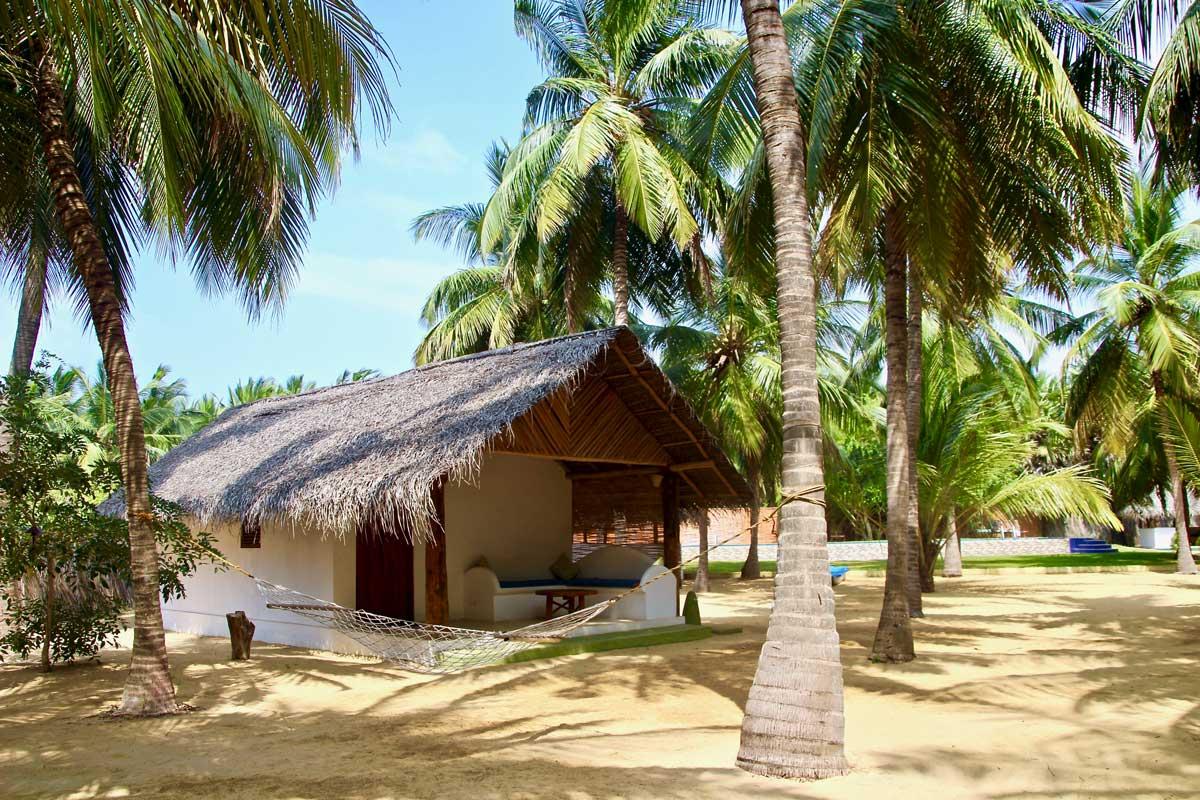studio Roshanne Beach Resort