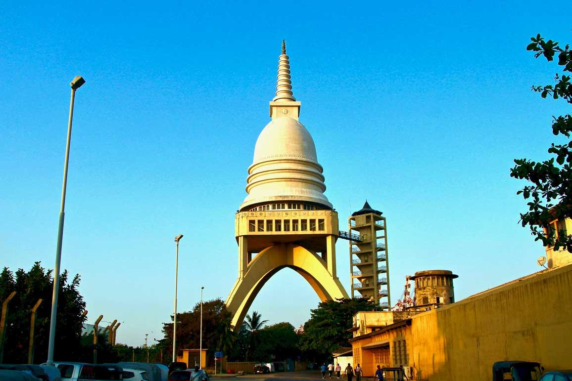 stupa Sambodhi Chaitiya Colombo