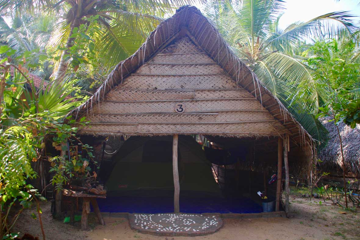 tente deluxe kite Surfing Lanka Kalpitiya