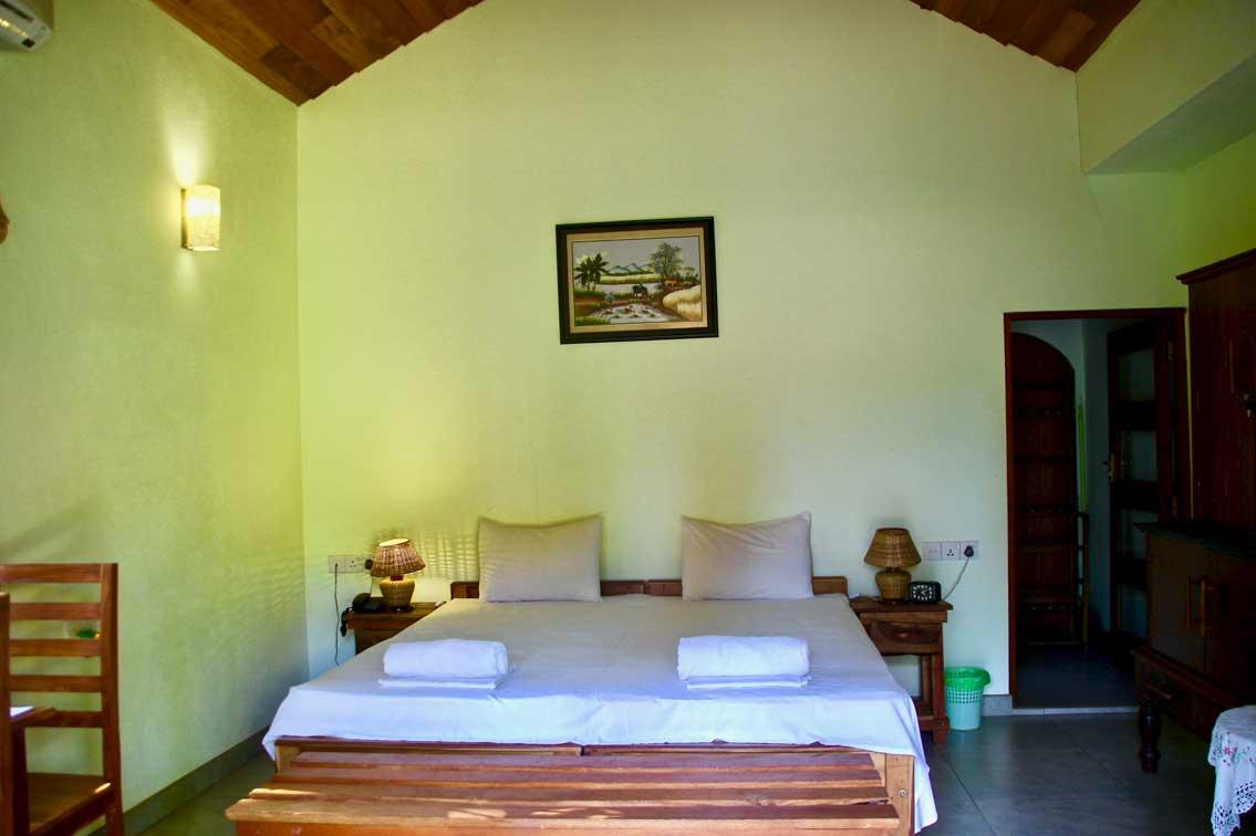 villa shade hotel negombo