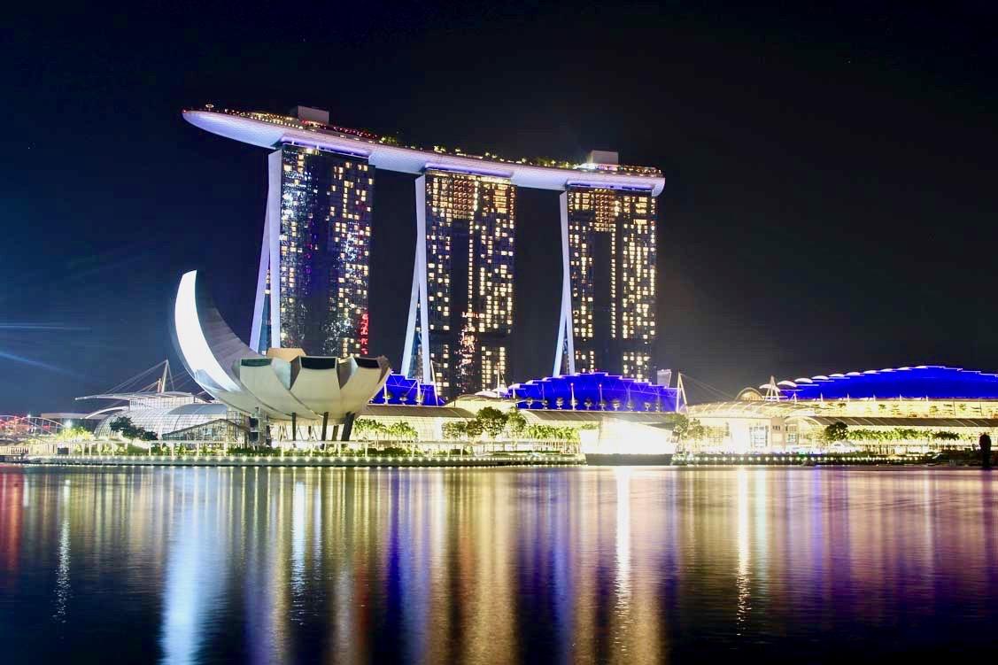 Vue de nuit Marina Bay Singapour