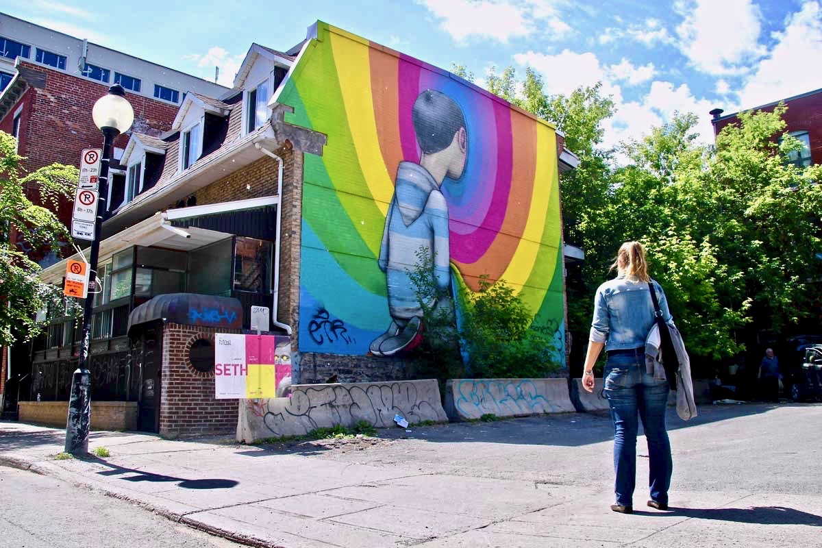Elo Street Art Montreal garcon couleurs