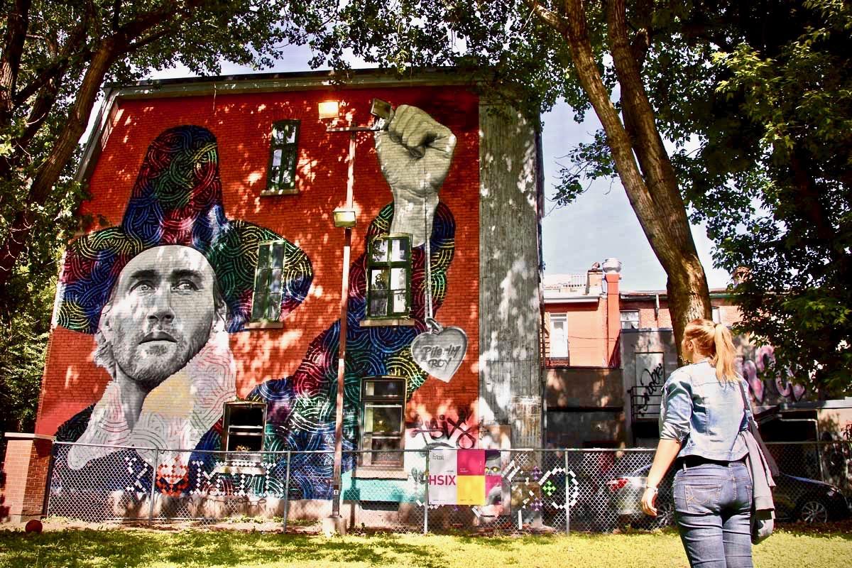 Festival Mural Elo fresque politique