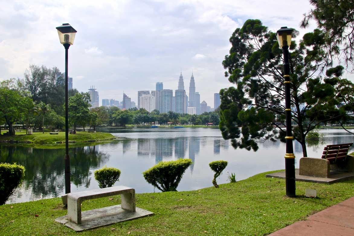parc titiwangsa Tours Petronas Kuala Lumpur