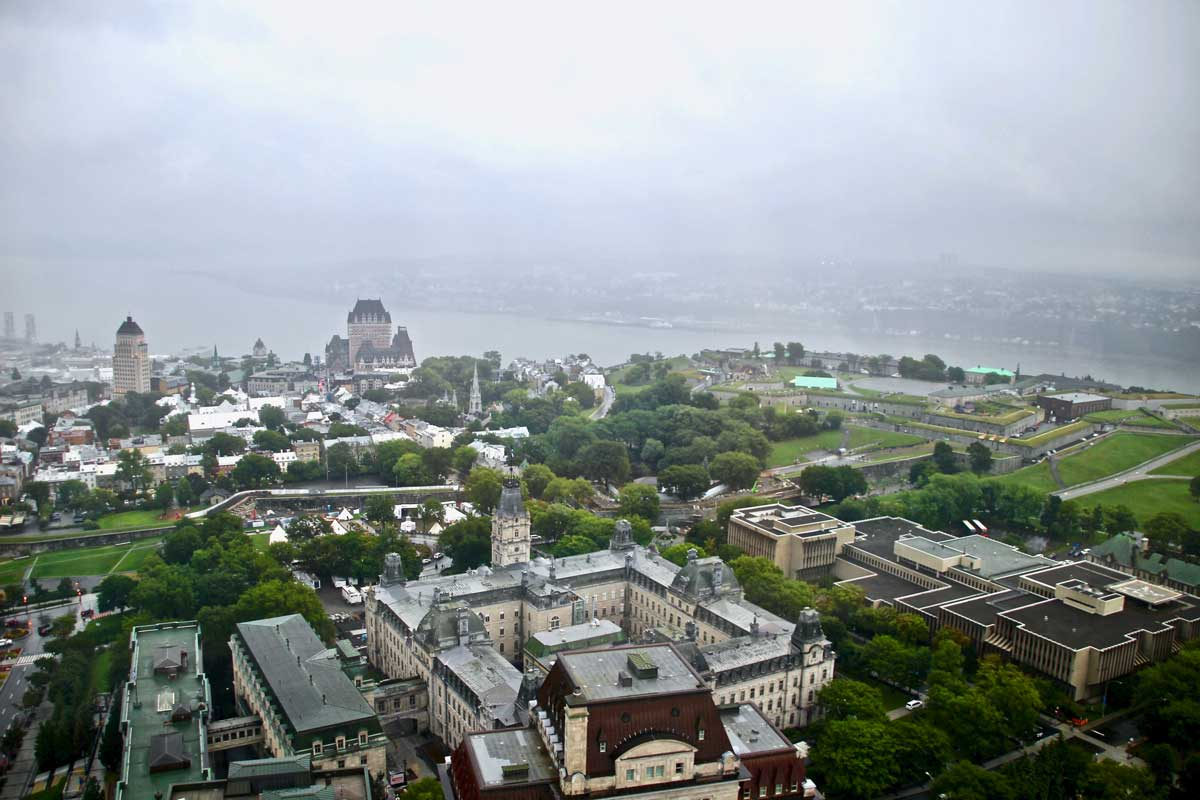 vue depuis l'Observatoire de la Capitale à Quebec
