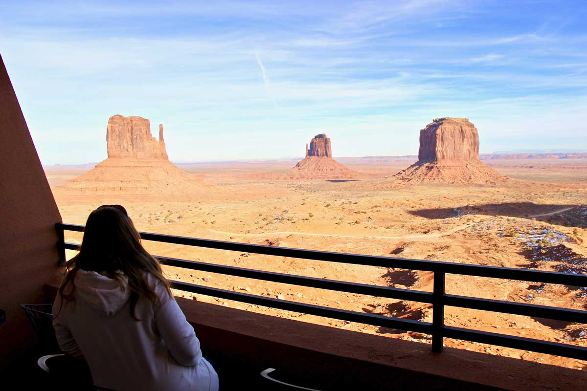 balcon the view monument valley