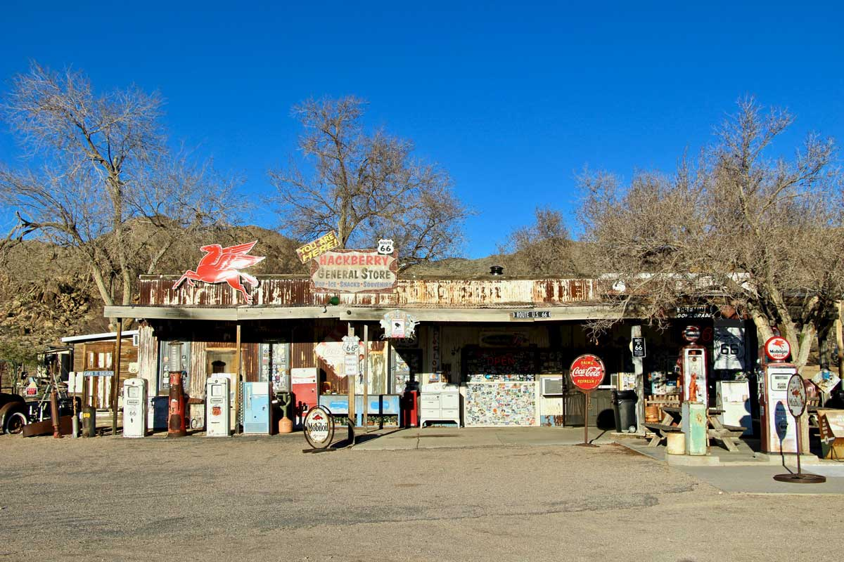 station service Hackberry General Store Route 66