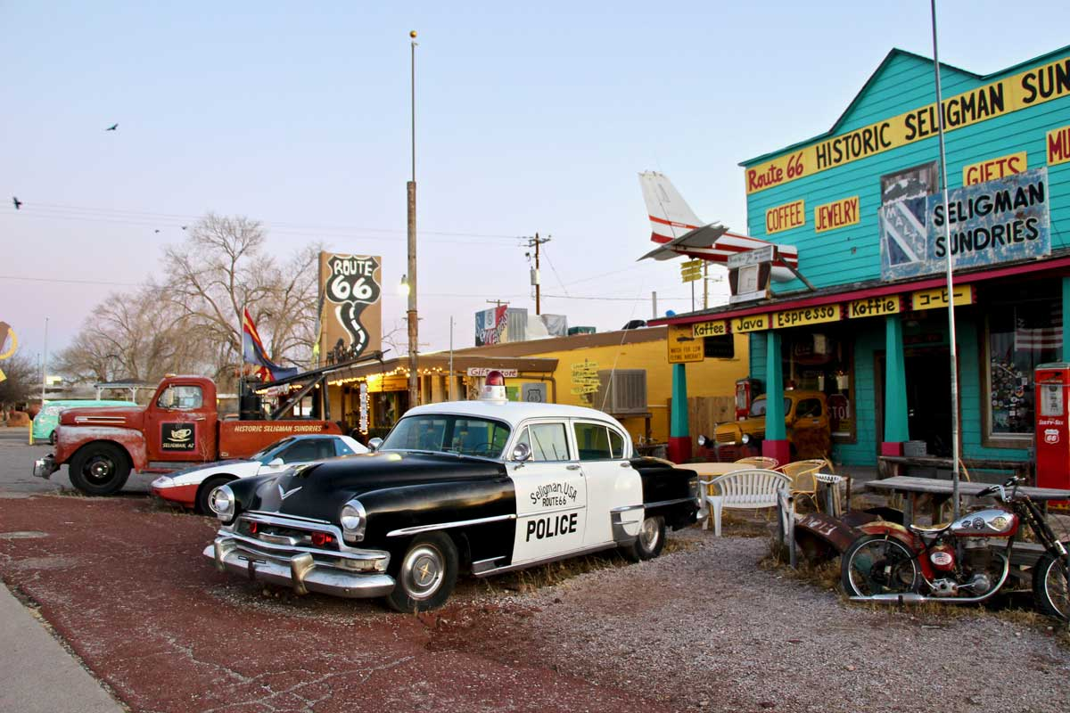 voitures cars seligman route 66