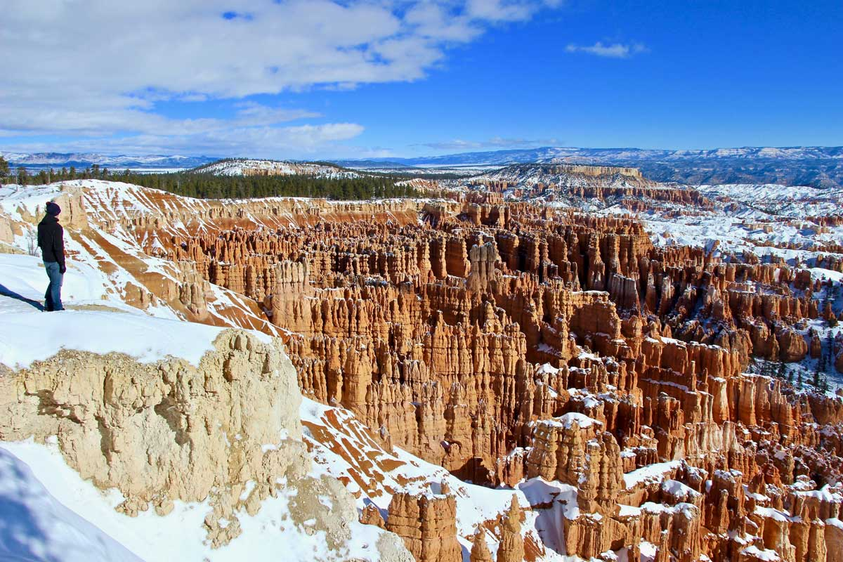 hoodoos amphithéâtre bryce canyon hiver
