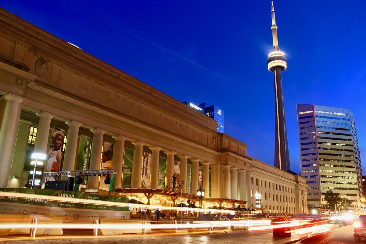 Gare de Toronto et CN Tower