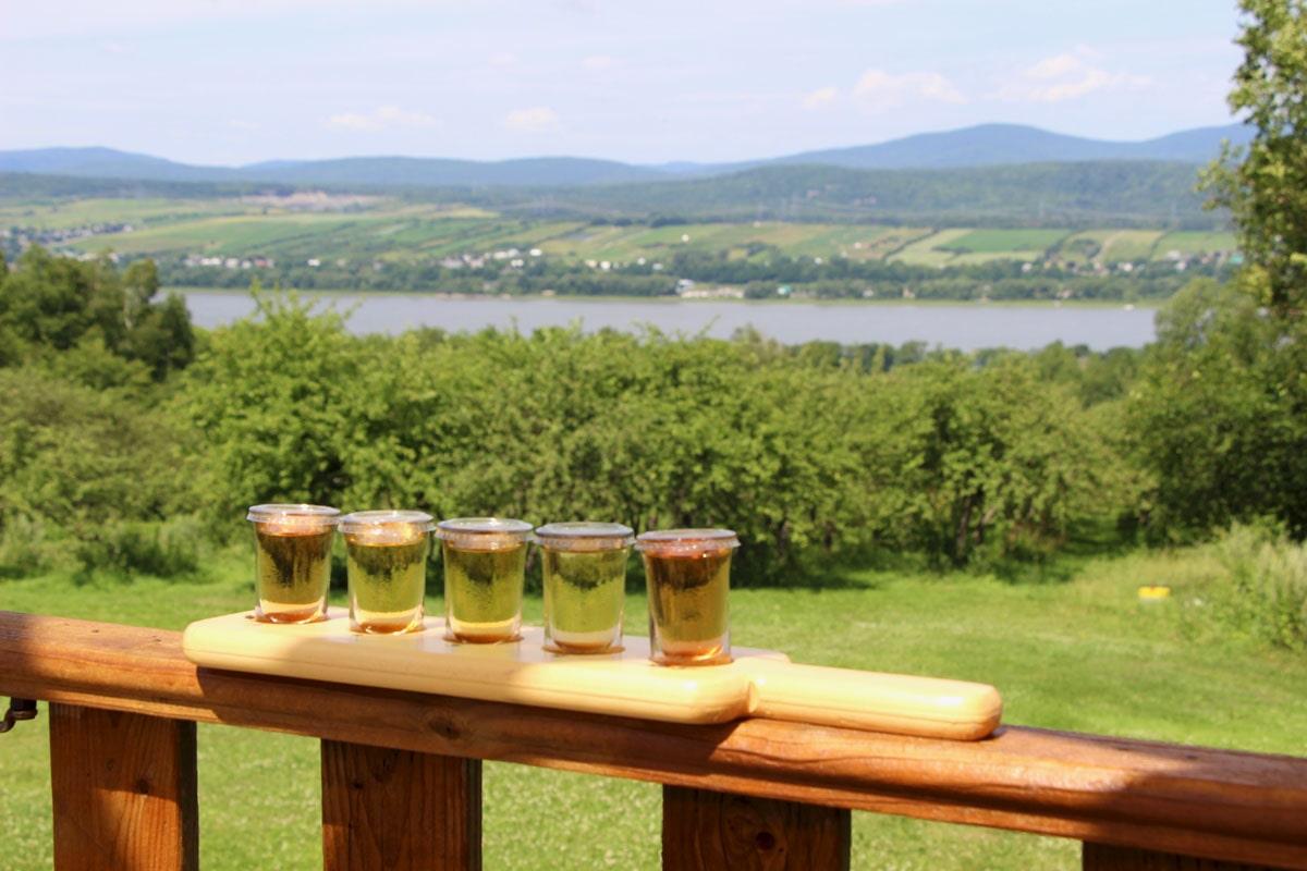 dégustation cidres au Domaine Steinbach ile d'orleans