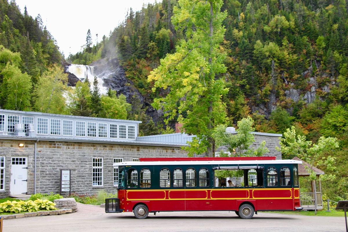 Bus Val Jalbert Lac Saint Jean
