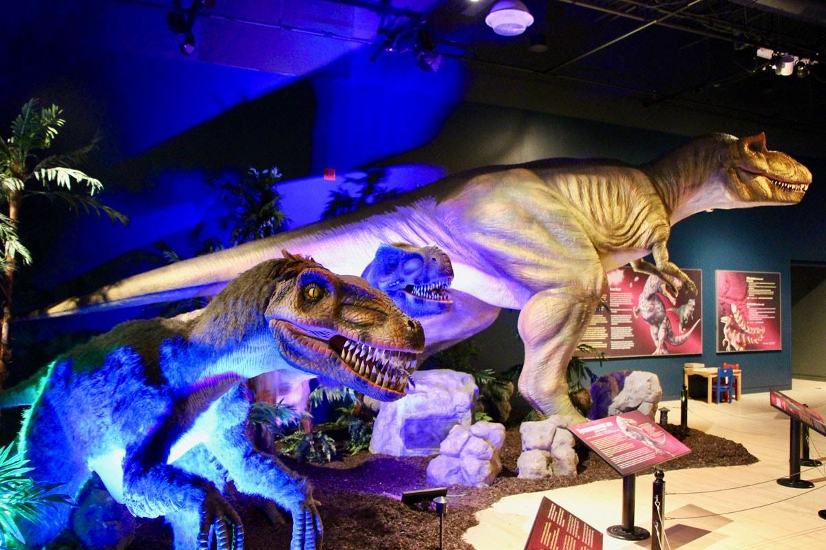 Exposition dinosaures Fjord du Saguenay Quebec