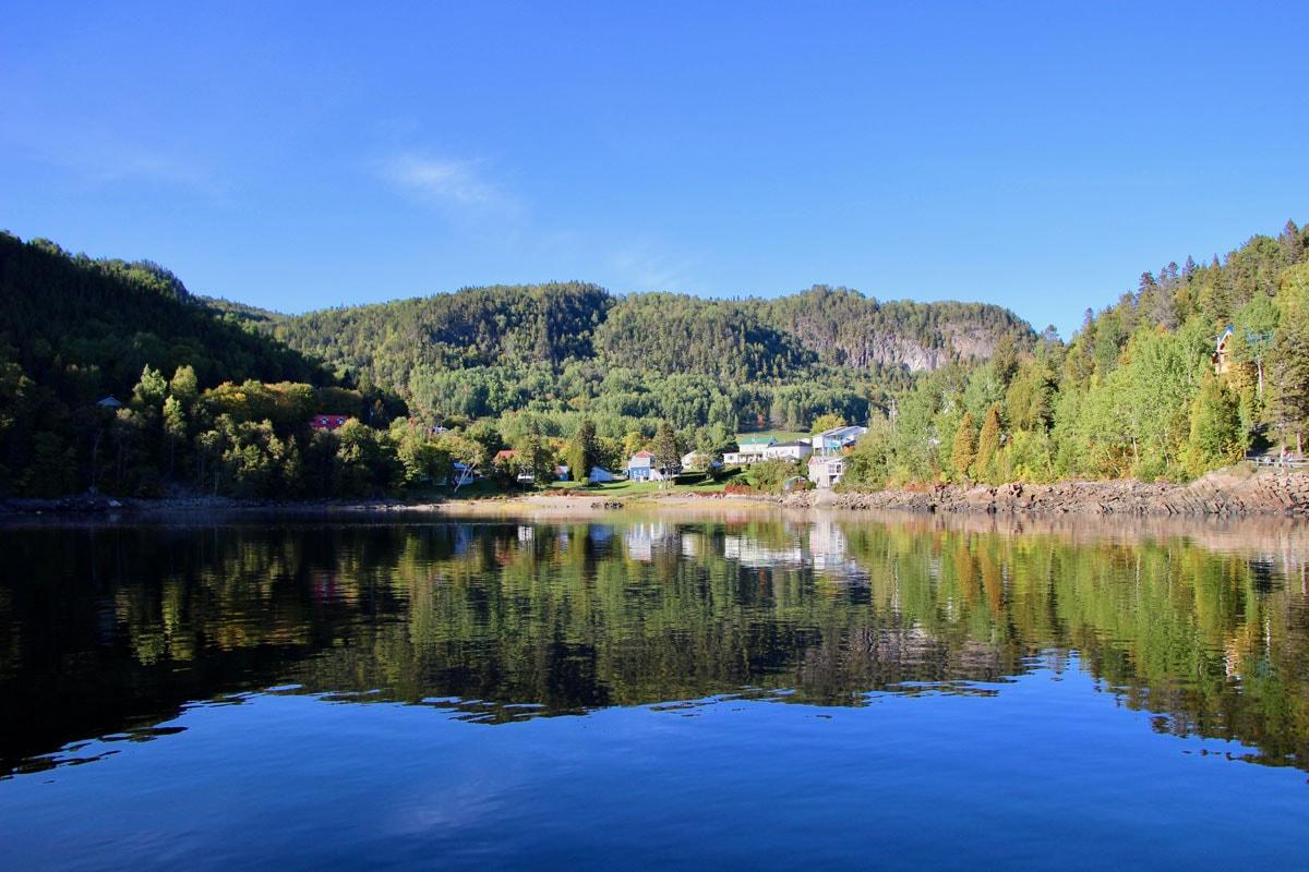 Fjord-du-Saguenay Canada depuis eau