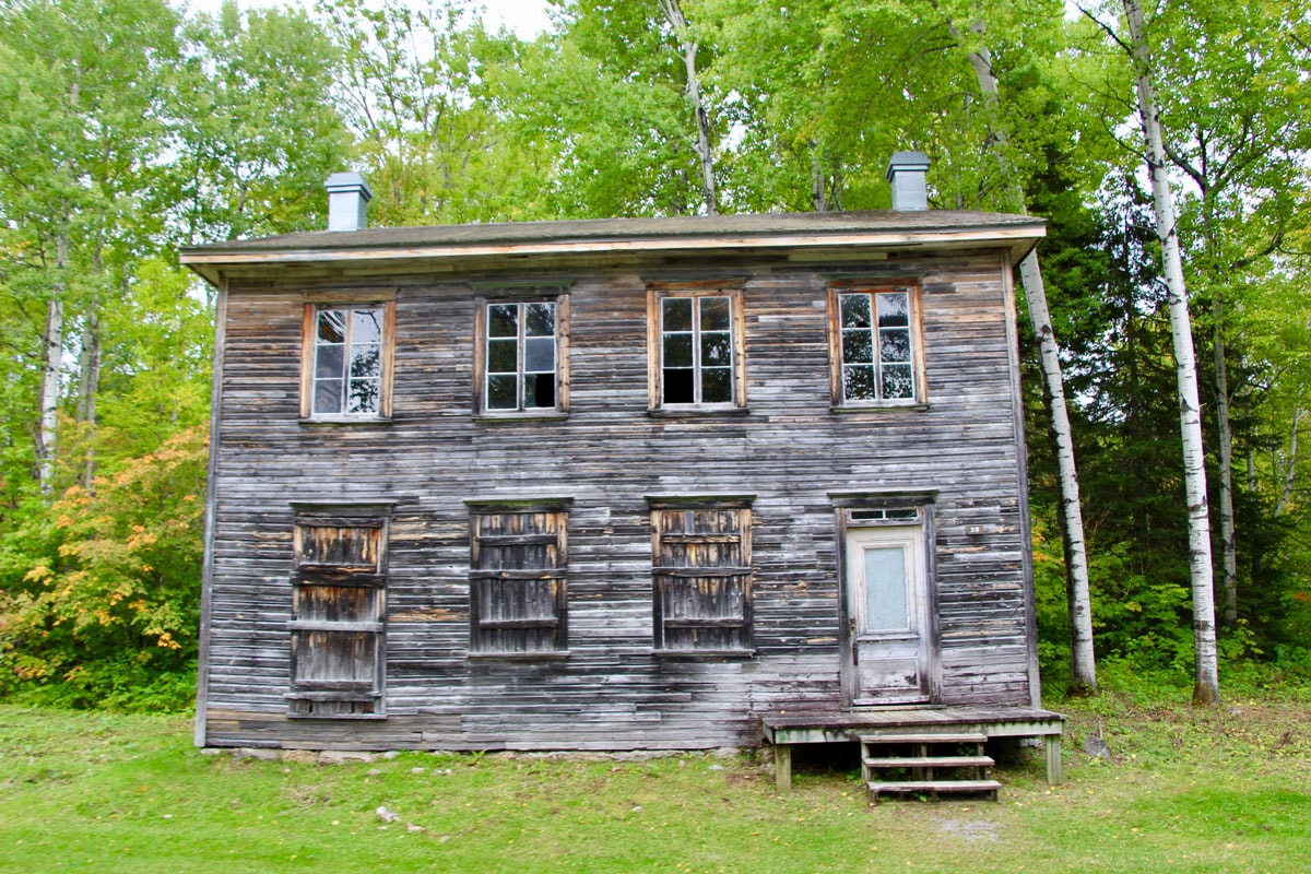 Maison Val Jalbert Lac Saint Jean