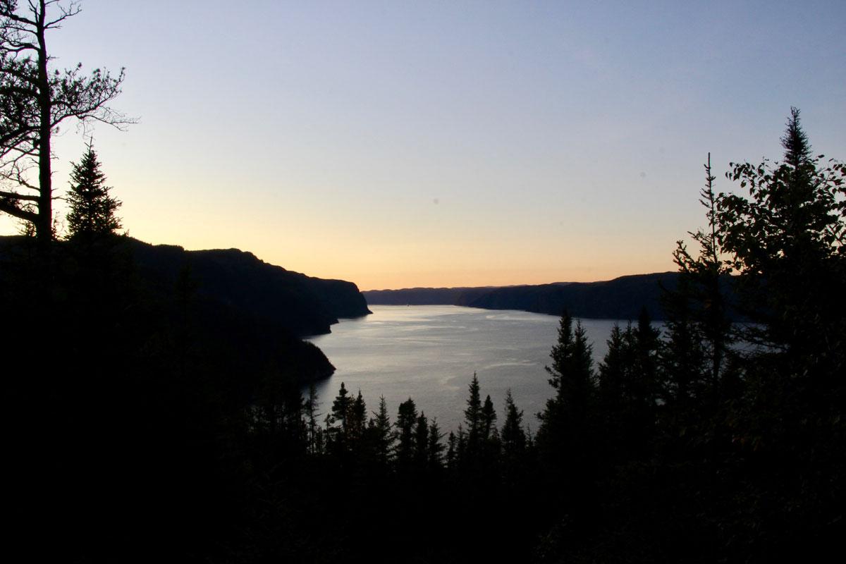 vue coucher de soleil Fjord-du-Saguenay Canada