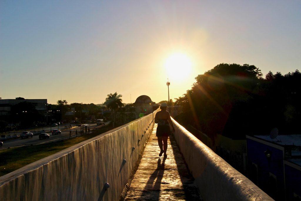 coucher soleil depuis les remparts de campeche