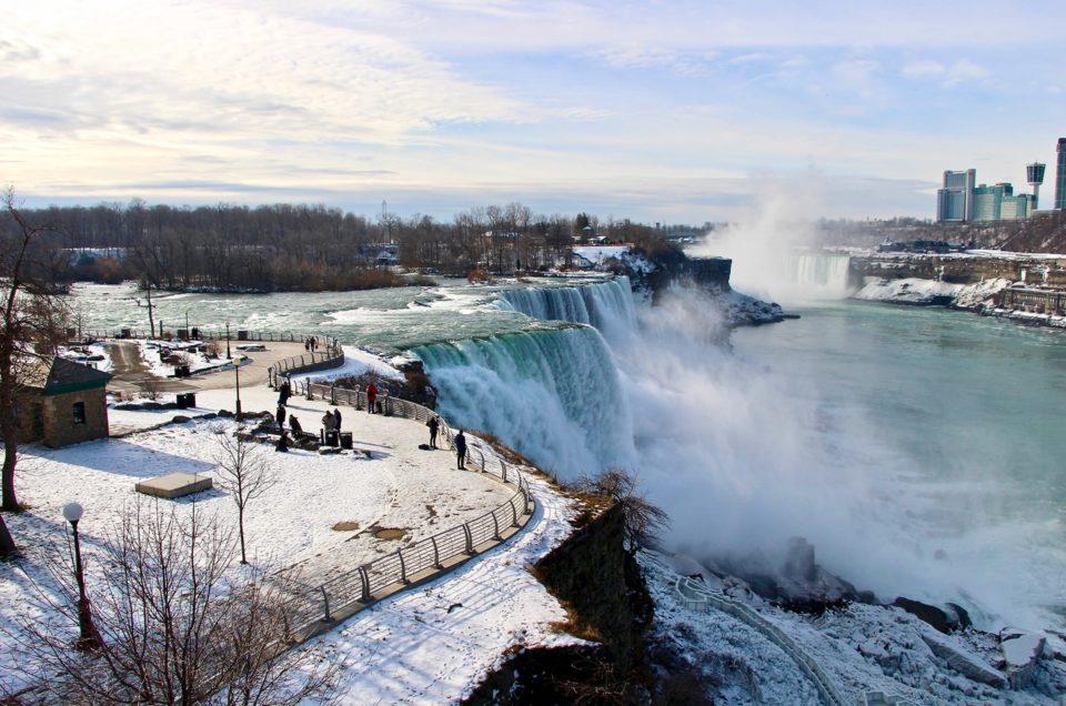 Découvrir les chutes du Niagara en hiver