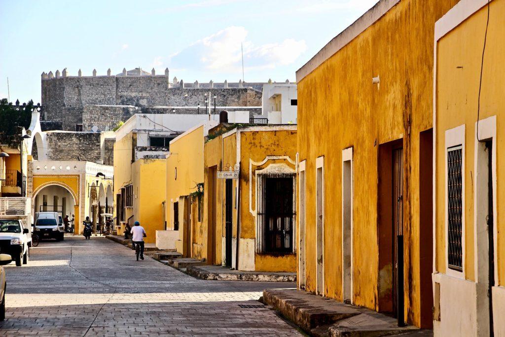 Izamal ville jaune yucatan