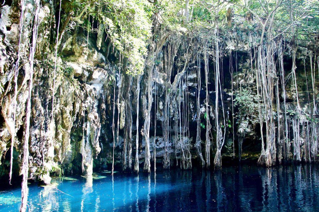 cenote Yokdzonot - Izamal Yucatan